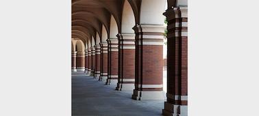 Imagen de Cámara full-frame de 35mm y 61MP α7R IV